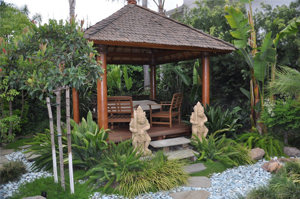 Balinese gazebo for Garden hut sale